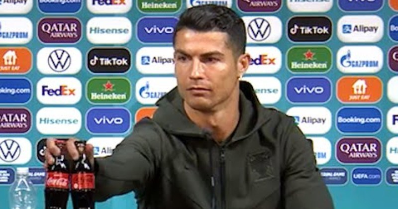 Ronaldo Replaces Coke Bottles With Water